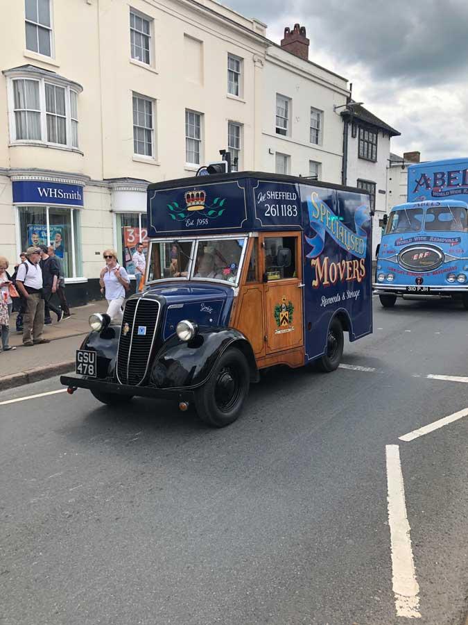 Specialised movers Van